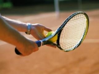 Можно ли научиться играть в теннис в зрелом возрасте Можно ли научиться играть в теннис в зрелом возрасте?