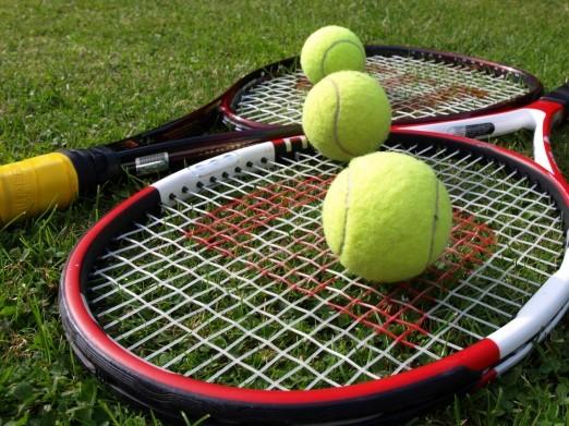 Tennis tennisbal sport 522x391 Мини теннис: специальная методика для новичков