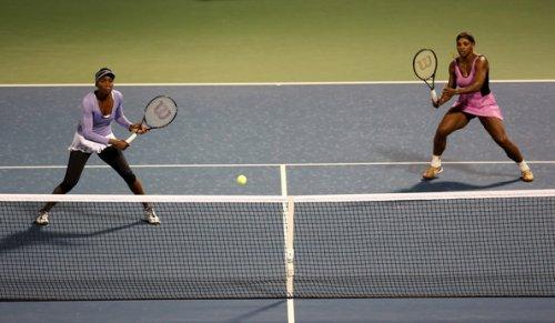 249703 vesnina i makarova obygrali sester uiljams v pervom kruge turnira v dubae Макарова и Веснина обыграли сестер Уильямс во втором круге турнира в Дубае