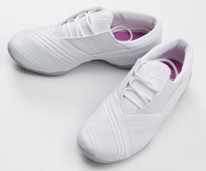 Как нужно подбирать обувь для тенниса